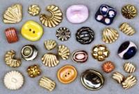 19b_lucierie_buttons-587x400